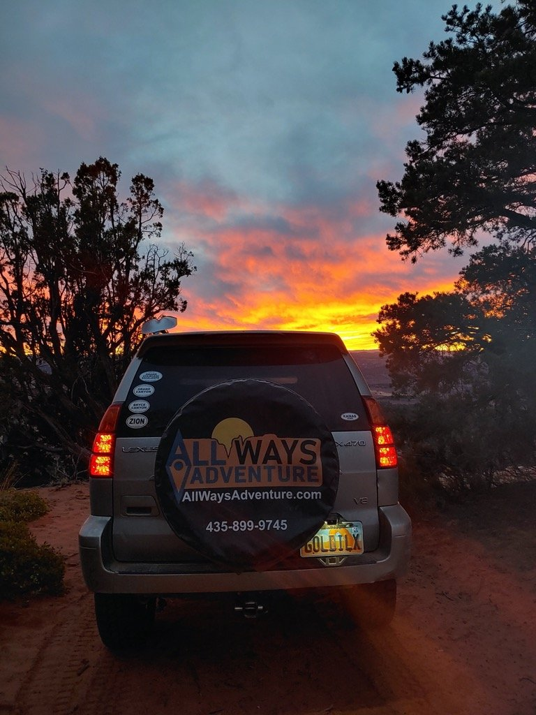Off-roading tour to catch the Sunset in Zion National Park